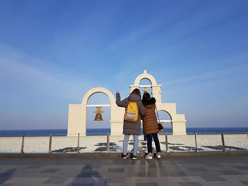 Elena Kubitzki und ihre beste Freundin Celeste auf Reisen in Südkorea. © Elena Kubitzki