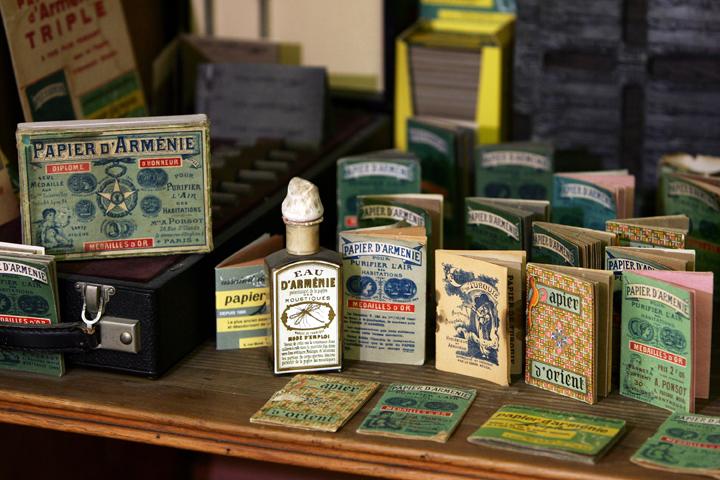 Nostalgische Vielfalt bis heute: die Produkte von Papier d'Arménie. Copyright: Papier d'Arménie.