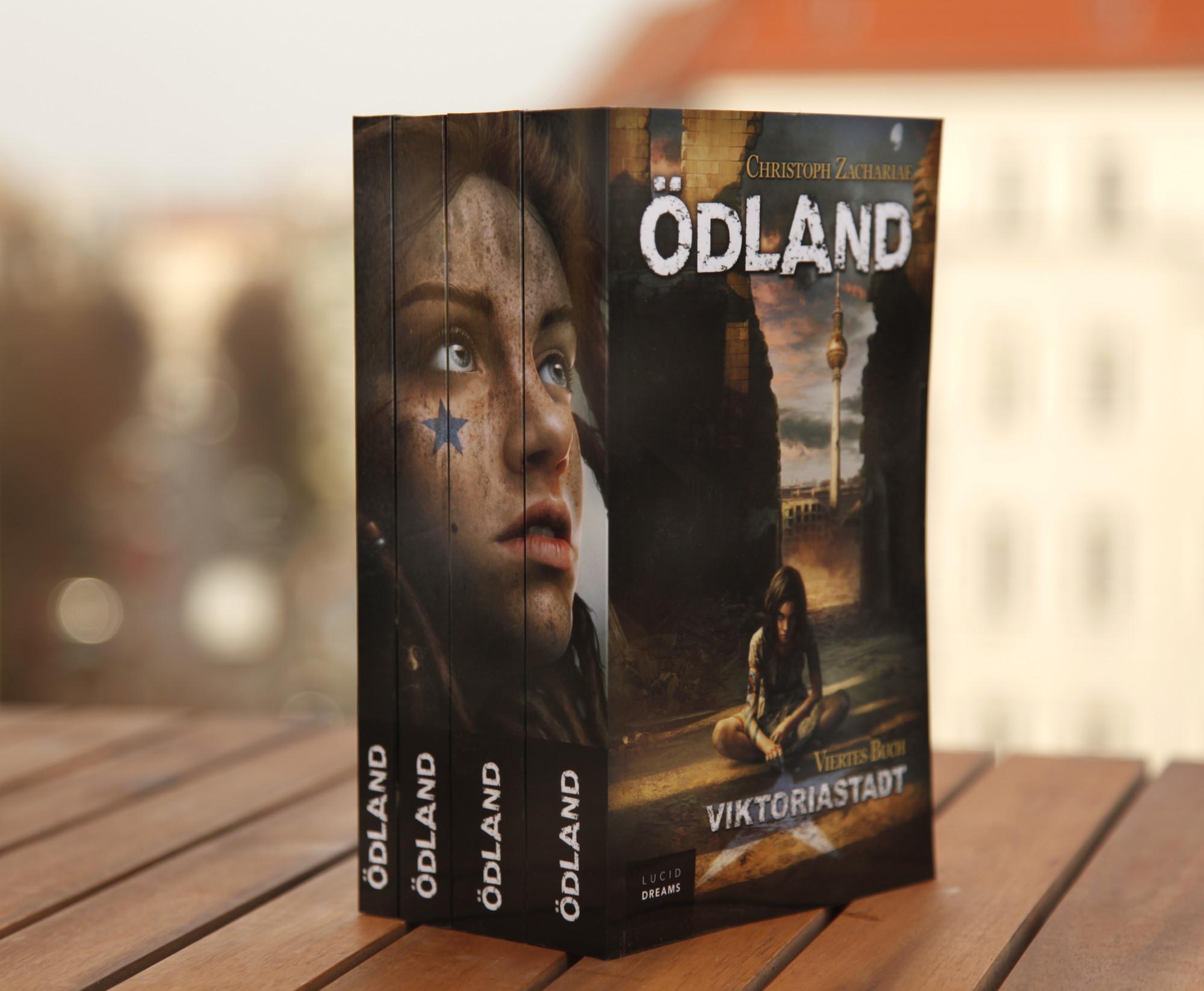 Die ersten vier Bände von Ödland. Copyright: Christoph Zachariae, Lucid Dreams